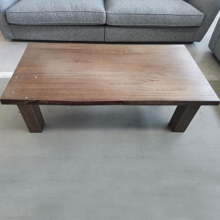 Amelia cofee Table