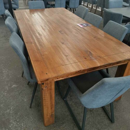 Avril-Dining-table